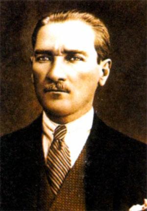 Мустафа Кемаль Ататюрк (1881-1938), 1-й Президент Турецкой Республики с 1923 г.