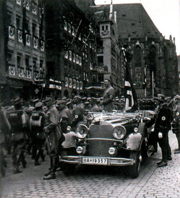 Парад штурмовиков в Нюрнберге. Ноябрь 1935 г.