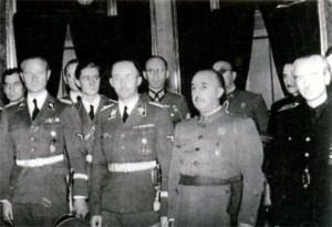 Генрих Гиммлер (в центре слева) с Франко (справа) во время своего визита в Испанию. 1940 г.