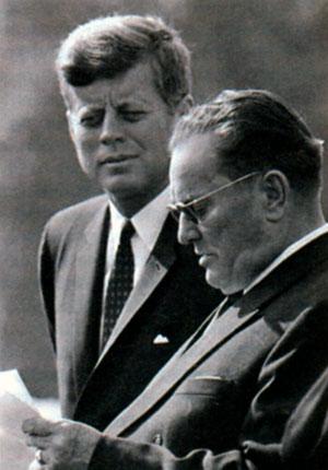 Тито во время визита в США с президентам Джоном Кеннеди. 1963 г.
