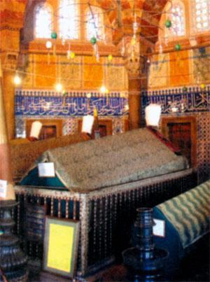Гробница Сулеймана I в мавзолее мечети Сулеймание в Стамбуле