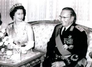 Королева Великобритании Елизавета во время визита в Югославию и Иосип Броз Тито. 1972 г.