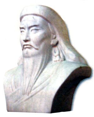 Бюст Чингисхана в Улан-Баторе